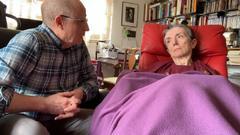 """El hombre que ayudó a morir a su mujer lanza su mensaje: """"A mí no me llegó la eutanasia, que sea por los demás"""""""