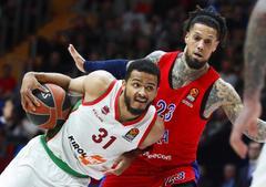 El Baskonia se clasifica para los 'playoffs' pese a perder en Moscú
