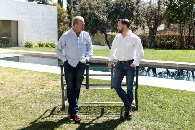 La visita de Santiago Abascal, Pablo Casado y Albert Rivera al...