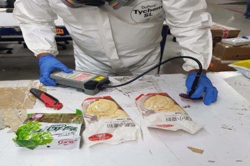 Las bolsas de harina confiscadas en el aeropuerto que contenían fetanilo.