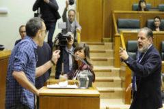 "Bildu llama ""nazis"" a representantes policiales"