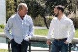 La visita de Santiago Abascal, Pablo Casado y Albert Rivera al programa de Bertín Osborne en Telecinco, Mi casa es la tuya, desata bromas en Twitter