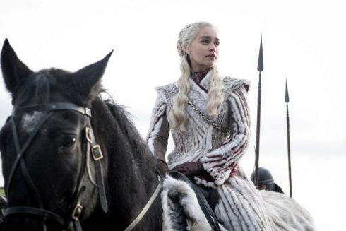 La actriz Emilia Clarke, en la octava y última temporada de 'Juego de...