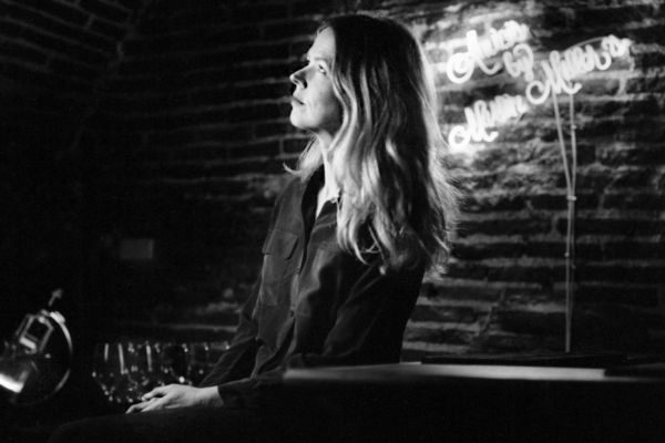 29 de marzo de 2019. Madrid. La cantante Christina <HIT>Rosenvinge</HIT> fotografiada por José Aymá en un bar céntrico de Madrid para Papel./////NO UTILIZAR SIN CONSULTAR CON FOTOGRAFIA////.José Aymá