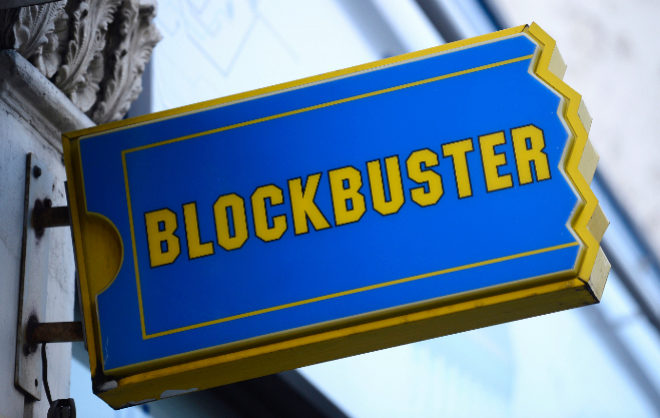 El cartel de un Blockbuster