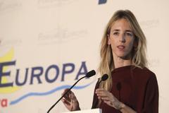 La candidata del PP por Barcelona, Cayetana Álvarez de Toledo, durante su intervención en el Fórum Europa.