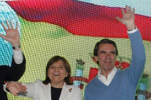 El ex presidente del Gobierno junto a la candidata del PP en la Comunidad Valenciana, Isabel Bonig.