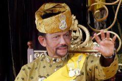 Sultán de Brunei, el monarca 'antigay' que se codea con la realeza europea