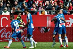 Insultos racistas empañan el triunfo del Espanyol en Montilivi