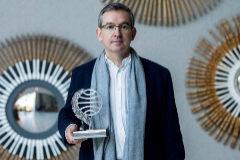 A Santiago Posteguillo el Premio Planeta 2018 le pasa factura familiar