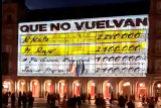 Proyectan los 'papeles de Bárcenas' en la Plaza Mayor
