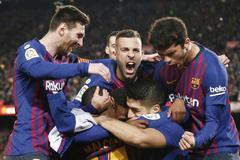Luis Suárez derriba a Oblak y acerca al Barça al título