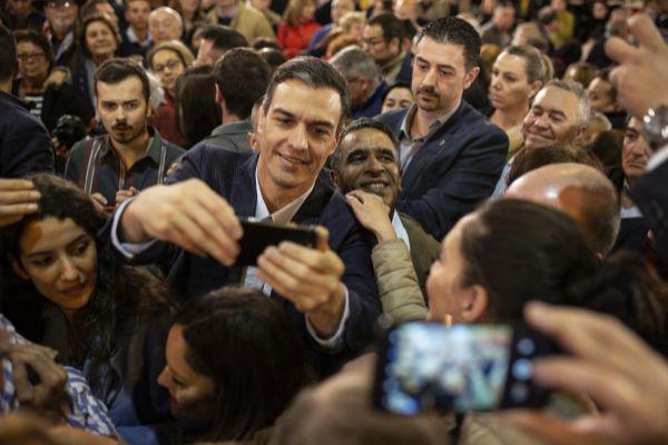 El secretario general del PSOE y presidente del Gobierno, <HIT>Pedro</HIT> <HIT>Sánchez</HIT>