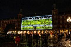 Podemos reivindica en las redes la campaña contra el PP que se proyectó en la Plaza Mayor