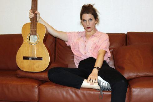 Luísa Sobral tras los ensayos de su concierto en el Auditorio de Castellón.