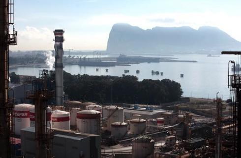Refinería de Cepsa en Tenerife
