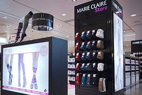 Ecposición de artículos de Marie Claire. Marie Claire Store