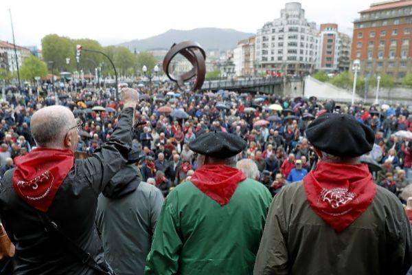"""Manifestación en Bilbao por unas """"pensiones dignas""""."""