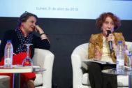 María Elvira Roca Varea y Carmen, en la Casa America