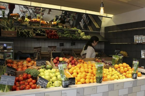 Una tienda de productos frescos en Madrid