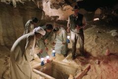 Convierte la apertura de un sarcófago en un espectáculo de TV en directo