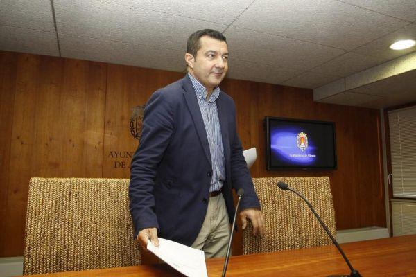 El ex concejal de Atención Urbana y ex vicealcalde de Alicante, Andrés Llorens, en imagen de archivo.