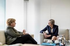 París y Berlín aceptan retrasar el Brexit hasta el año 2020