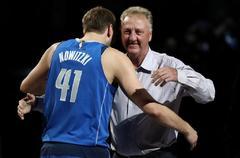 La inolvidable y emocionante penúltima noche de Nowitzki con otro récord de Doncic