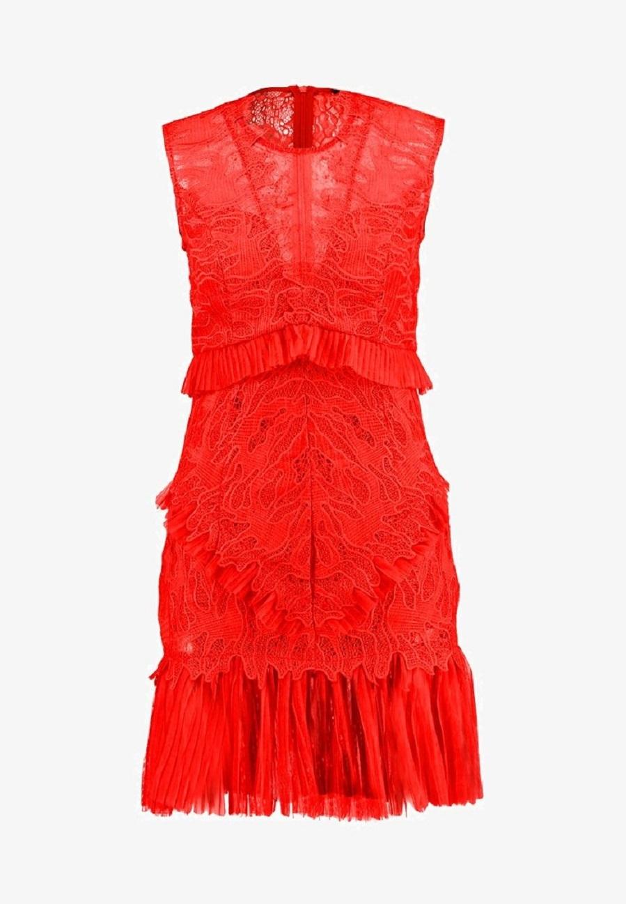 02a56e1553a Vestido con encaje y bordados