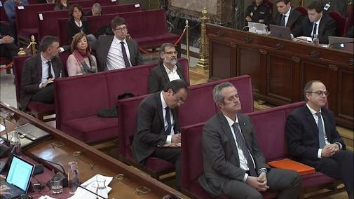 Algunos de los acusados, en el Tribunal Supremo durante el juicio del 1-O.