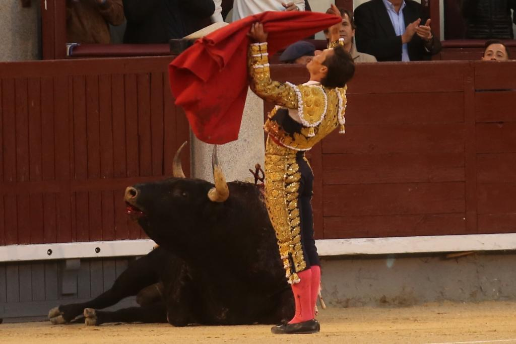 Urdiales en su apoteosis de Otoño en Madrid