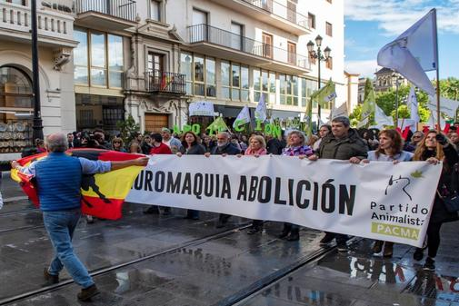 Manifestación antitaurina convocada por Pacma.