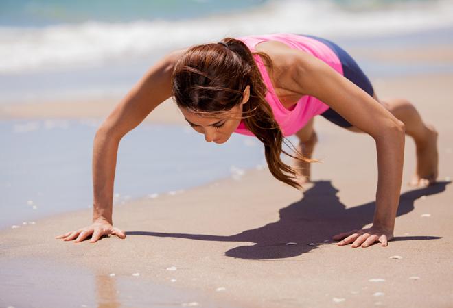 Ejercicios para hacer en 15 minutos y no  engordar en vacaciones