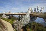 Por qué este puente de Vietnam se ha hecho viral