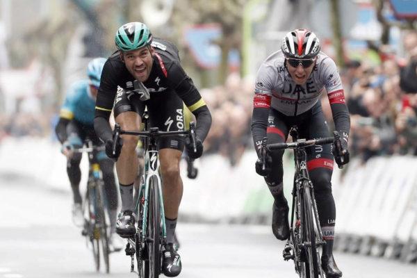 Schachmann gana la cuarta etapa del País Vasco.