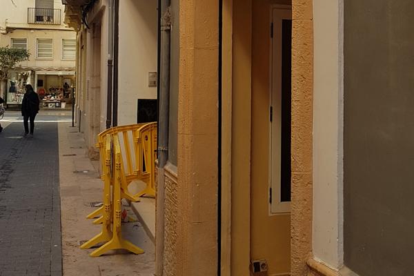 La entrada del local donde se produjo el ataque.