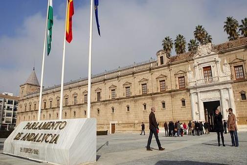 Vox y Podemos votan en contra de una iniciativa taurina del PP, apoyada por PSOE y Ciudadanos