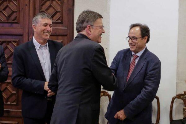 Ximo Puig con los consellers de Economía, Rafa Climent, y de Hacienda, Vicent Soler.