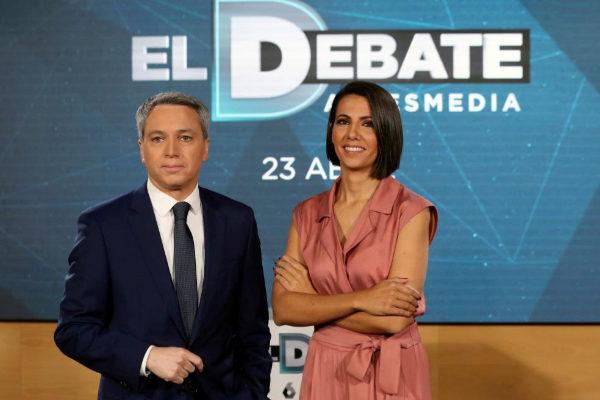 Vicente Vallés y Ana Pastor, en la presentación del debate del 23 de abril.