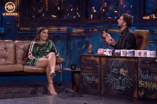 Anitta visitó La Resistencia y habló sin pelos en la lengua