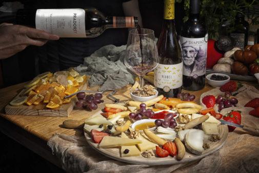 Tablas de quesos en el Gastrobar Vinos y Más.