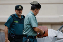 Investigan a tres mandos de Girona por increpar a la Guardia Civil tras el 1-O