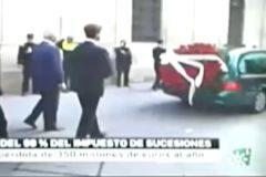 Queja del PP contra Canal Sur por incluir imágenes del entierro de la duquesa de Alba en la noticia sobre la rebaja de impuestos