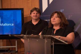 """El Consell aprueba """"una solución transitoria"""" para no rebajar el sueldo a los funcionarios"""