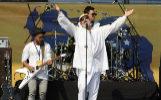 """Bosé fue uno de los artistas invitados en febrero al Venezuela Live Aid, en apoyo al pueblo venezolano. En su actuación dijo """"Bachelet, mueve tus nalgas"""", palabras por las que tuvo que disculparse."""