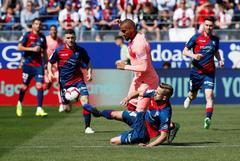 Huesca - Barcelona, en directo: los suplentes no pueden con el colista