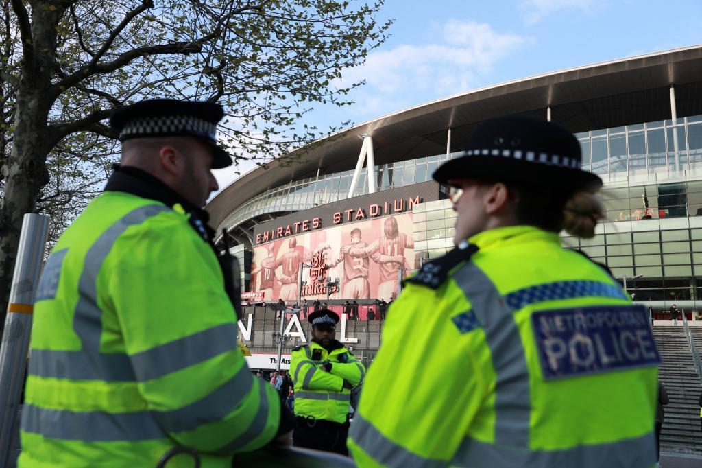Agentes de la policía británica en Londres.
