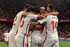 El Sevilla manda en el derbi