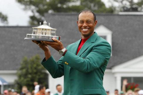 Tiger Woods conquista el Masters de Augusta once años después de su último 'grande'