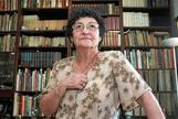 Fotografía de archivo, tomada el 15 de agosto de 2012, de la poeta Francisca Aguirre, Premio Nacional de Letras 2018, que ha fallecido esta tarde en su casa madrileña a los 88 años.